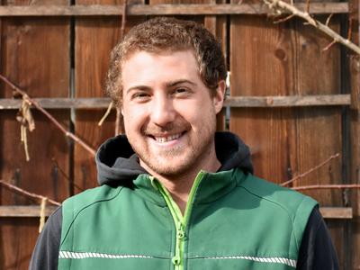 Martin Rosenmund Landschaftsgärtner EFZ und Vorarbeiter bei Rogger Naturgärten