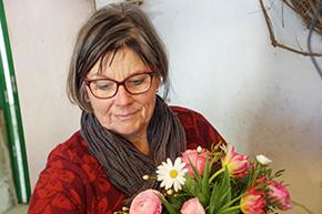 Blumenverkäuferin, Sträusse, Gestecke, Blumenstrauss