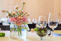 Dekorationen für jeden Anlass, Blumen, Pflanzen, Gestecke