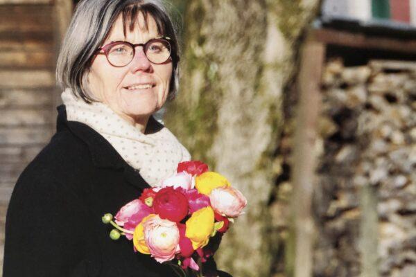 Esther Rogger - Blumen Im Magazin